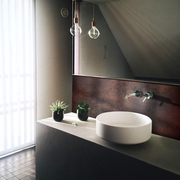 Crédence effet métal rouillé salle de bains aluminium composite, aspect mat ou brillant, dimensions personnalisables