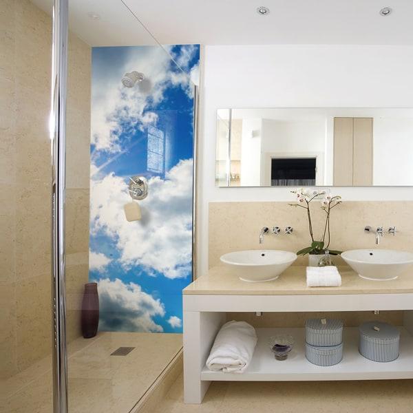 décor blue sky, rénovation mur de douche, pose et entretien faciles