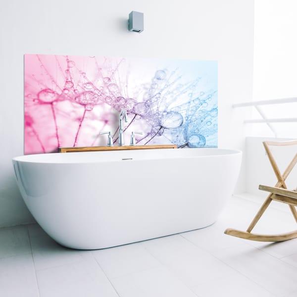 Habillage mur sdb, panneau sur mesure étanche et décoratif, ambiance nature Rosée Matinale