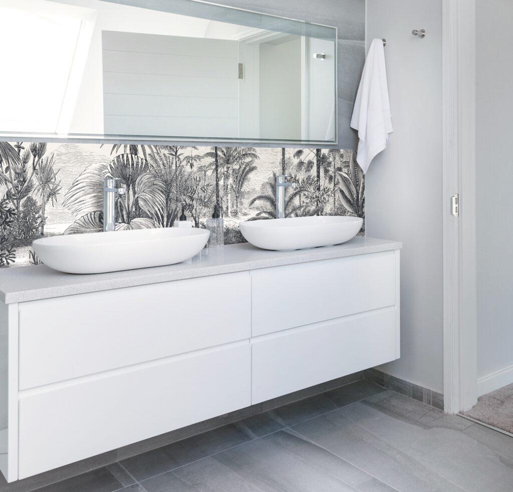 Crédence sur-mesure Gravure Végétale salle de bains